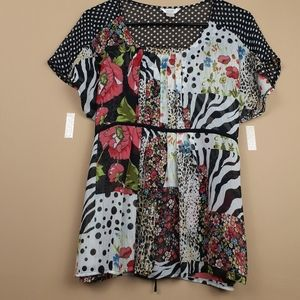 Christopher and Banks size M mixed print top
